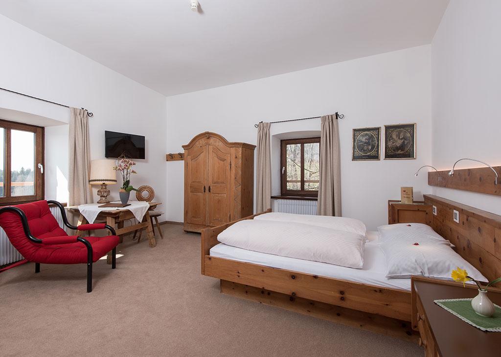 Beautiful Hotelzimmer Design Mit Indirekter Beleuchtung Bilder Images - Ideas & Design ...